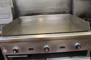 "36"" Thermostat Flat top grill / griddle - Heavy Duty 1"" plate"