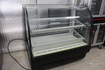 Beautiful True Refrigerated Merchandiser / pie case display case